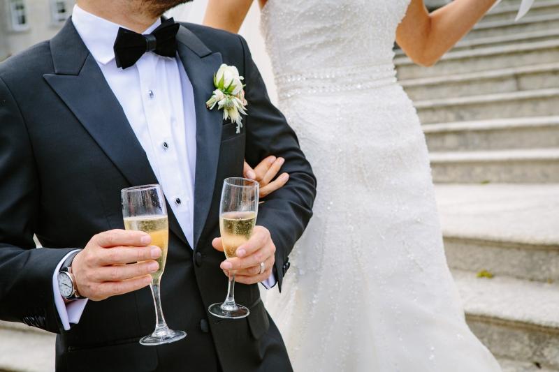 Hilarious wedding speech from groom to bride