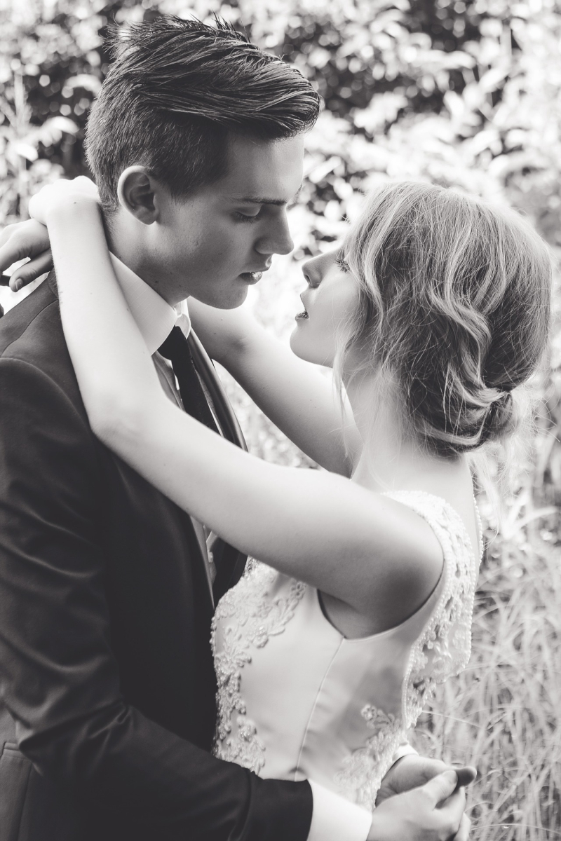 Ideas to help you write your mother of the groom speech